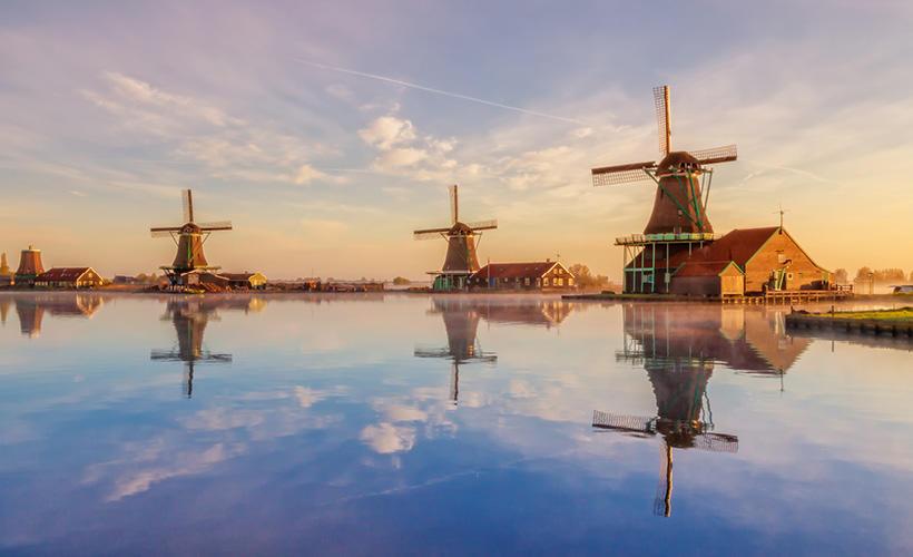 europe summer october blog europe shoestring amsterdam zaanse schans