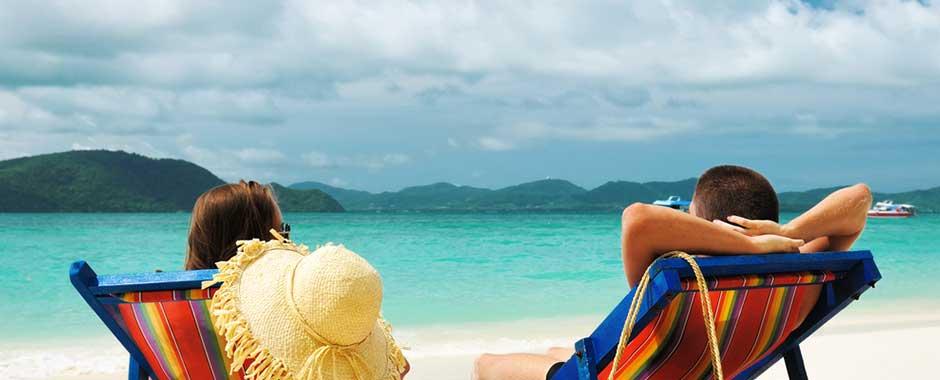phuket-beach_relax_couple.jpg