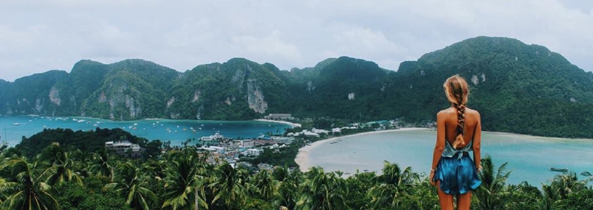 Universal Traveller thailand cambodia vietnam intrepid